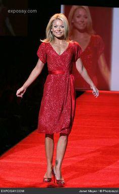 Kelly Ripa in red dress | kelly ripa photo