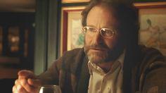 """Robin Williams - Jack - Lo so che giunti al termine di questa nostra vita tutti noi ci ritroviamo a ricordare i bei momenti e dimenticare quelli meno belli, e ci ritroviamo a pensare al futuro – disse - cominciamo a preoccuparci e pensare: """"io che cosa farò? chissà dove sarò da qui a dieci anni?"""" Però io vi dico: """"Ecco guardate me!"""" Vi prego, non preoccupatevi tanto, perché a nessuno di noi è dato soggiornare tanto su questa terra. La vita ci sfugge via e se per caso sarete depressi, alzate…"""