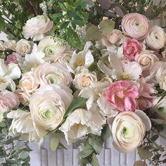 Detail of today's big arrangement. Very fleurie! x