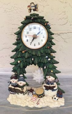 Snowman Christmas Tree Carolers Table Clock Moving Pendulum Herco Professional