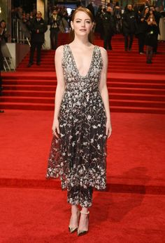 Emma Stone in Chanel. BAFTA 2017.