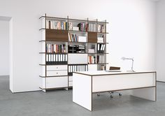#kontrast #furniture #homeoffice #oliverconrad #OC #QR #allwhite #white #wood #walnut #flexible #system #shelving #desks