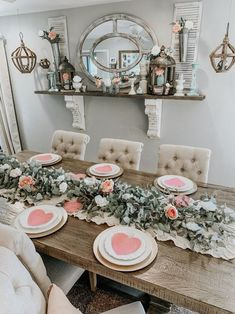 101 Ways to Decorate Your Home For Valentine's Day » Lady Decluttered Valentines Day Dinner, Valentines Day Decorations, Valentines Diy, Valentine Table Decor, Valentines Design, Decoration Table, Table Centerpieces, Centerpiece Ideas, Romantic Dinners