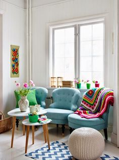 blue armchairs instead of a couch