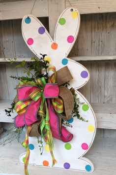 Easter Bunny Wreath bunny door decor Bunny door Easter by Keleas by kerri_posts Easter Projects, Easter Crafts, Easter Decor, Easter Ideas, Easter Centerpiece, Easter Table, Easter Party, Easter Bunny Decorations, Bunny Crafts