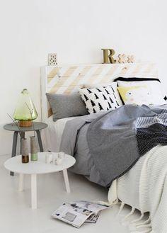 paredes Studio Furniture, Blue Furniture, Bedroom Furniture, Scandi Home, Scandinavian Bedroom, Luxury Bedding Sets, Room Wall Decor, Linen Bedding, Bed Linens
