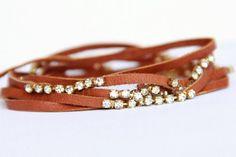 Upcycled cuir & strass enveloppement Bracelet