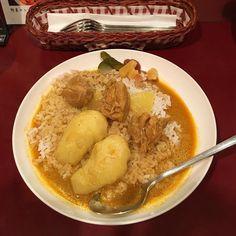 チキンカレー 今日の気分はコレシャバシャバでスパイシーで美味しかったです() #カーマ #カレー #curry #神保町 #御茶ノ水