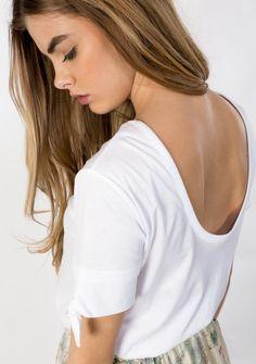 PRINTEMPS ÉTÉ T-SHIRT MC TAINA BLANC - Ekyog White T, T Shirt, Long Hair Styles, Beauty, Spring Summer, White People, Supreme T Shirt, Tee, Long Hairstyle