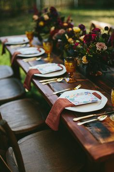 We can't get over the beautiful florals and deep fall colors for this styled shoot featuring our white hexagonal plates, vintage gold flatware, amber goblets, and more!