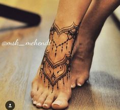 67 Infinity Beautiful Ankle Bracelet Tattoos Design Anklet Tattoos Idea for Wome. - 67 Infinity Beautiful Ankle Bracelet Tattoos Design Anklet Tattoos Idea for Women - Diy Tattoo, Lace Tattoo, Henna Tattoo Designs, Mehndi Designs, Henna Foot Designs, Chain Tattoo, Trendy Tattoos, Unique Tattoos, Gorgeous Tattoos