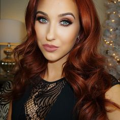 Oh jaclyn hill... Not enough can be said about this girl besides she's amazballs. She is not only a tallented beauty guru on you tube but has the most genuine personality that shines through all her tutorials. She's has taught me soon much. I highly recommend watching her videos