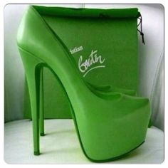 Save up to off , LOVE it This is my dream Christian Louboutin Shoes! Christian Louboutin Outlet only Cute Shoes, Me Too Shoes, Green Heels, Sexy Heels, Shoe Closet, Fashion Lookbook, Christian Louboutin Shoes, Beautiful Shoes, Beautiful Gowns