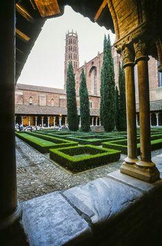 Le couvent dominicain des Jacobins à Toulouse. ©Jacques Sierpinski
