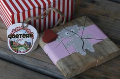Speelgoed   Goeters met Liefde Funky Junk, Gift Wrapping, Gifts, Gift Wrapping Paper, Presents, Wrapping Gifts, Favors, Gift Packaging, Gift