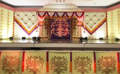 Event Art has been doing quiet some rounds in the field of event organizing, planning and executing with regard to decorations. Run by professionals from the advertising and communications business, Lakshmi Ravichander and Saraswathi Krishnakumar, Event Art is a very reliable source for all the brides-to-be who want their weddings to look like a complete fairy tale.