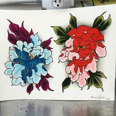 Siniset värit kivat Asian Tattoos, Love Tattoos, Body Art Tattoos, Tatoos, Flower Tat, Flower Outline, Peony Flower, Japan Flower, Chrysanthemum Tattoo