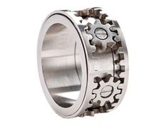 Awesome ring that looks and spins like a gear! -Rocky?-