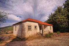 Loriga, Old house by Fr Antunes, via Flickr