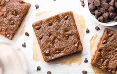 Skinny Slow Cooker Chocolate Chip Cookie Bars http://www.prevention.com/eatclean/crockpot-energy-bar-recipes/slide/4
