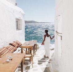 Santorini ♡ Follow us @tigermistloves for more daily inspo ♡