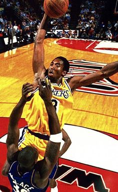 63cc432d0 Young Kobe Bryant Dunks On Ben Wallace  basketballimages Young Kobe Bryant