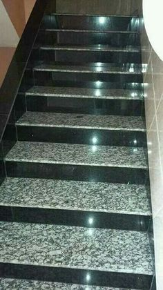 Stairs Tiles Design, Staircase Design Modern, Staircase Railing Design, Balcony Railing Design, Home Stairs Design, Floor Design, Front Door Design Wood, House Front Design, Granite Stairs