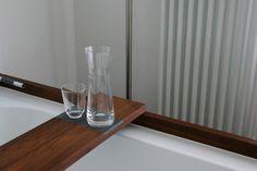 Wohnhaus Kloimstein - Entwurf FISCHILL Architekt Bath Caddy, Bathtub, Bathroom, Mockup, Homes, House, Standing Bath, Washroom, Bathtubs