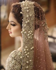 Image about girl in Pakistani Bride🌹💘💍 by ❤️ Pakistan Kiss ❤️ Pakistani Bridal Makeup, Bridal Mehndi Dresses, Pakistani Wedding Outfits, Bridal Dress Design, Bridal Outfits, Walima Dress, Pakistani Dresses, Indian Outfits, Pakistani Bridal Lehenga