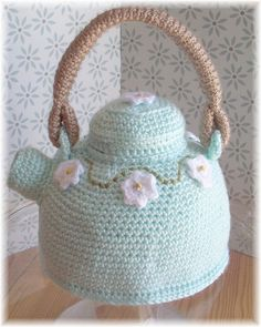 crocheted tea pot (photograph) {flicker.com}