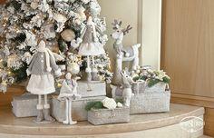 Allestimento natalizio in bianco e grigio