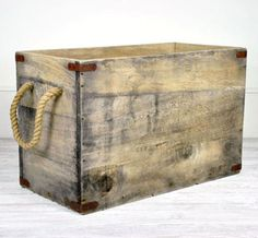 vintage wood shipping crate !  easily made diy using reclaimed wood, metal brackets and rope handles.