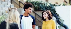 To really connect with your teenager you need to know what's on their hearts. To know the heart you need to listen to their words. Here are some tips to get the conversation started so you can connect with these important people. Elevator Pitch, Important Life Lessons, Isaac Asimov, Adolescents, Highly Sensitive, Sensitive People, Bad Habits, Study Habits, New People
