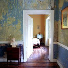 distressed wall paint
