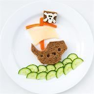 Meriendas y almuerzos divertidos para tu hijo vía www.mibebeyyo.com
