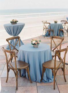So Much To Love In This Florida Wedding Vorgestellter Fotograf: Justin DeMutiis Photography; Beach Wedding Reception, Seaside Wedding, Beach Wedding Favors, Mod Wedding, Trendy Wedding, Destination Wedding, Beach Weddings, Wedding Flowers, Blue Beach Wedding