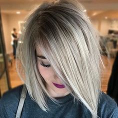 Balayage Hair Trends 2017 - See more: Blonde Hair With Roots, Ash Blonde Hair, Platinum Blonde Hair, Platinum Bob, Ash Blonde Balayage Short, Brown To Blonde, Short Blonde, Root Smudge Blonde, Shadow Root Blonde