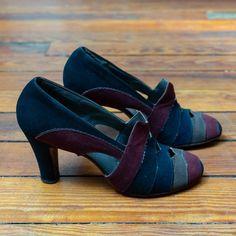 Vintage Style Shoes, Vintage Heels, Vintage Outfits, Vintage Pink, 1930s Fashion, Vintage Fashion, 1930s Shoes, Fashion Shoes, Fashion Accessories