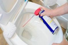 wd 40 uses stains \ wd 40 uses . wd 40 uses cleaning . wd 40 uses hacks . wd 40 uses cars . wd 40 uses shower doors . wd 40 uses stains . wd 40 uses cleaning car . wd 40 uses did you know Household Cleaning Tips, Toilet Cleaning, Bathroom Cleaning, House Cleaning Tips, Diy Cleaning Products, Cleaning Solutions, Deep Cleaning, Spring Cleaning, Cleaning Hacks