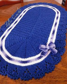 Crochet Squares, Crochet Doilies, Owl Bathroom, Crochet Table Mat, Crochet Home, Floor Rugs, Free Pattern, Diy And Crafts, Crochet Patterns