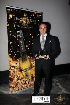 II Premios 10 Lifestyle - Enrique Ponce Gold, Fictional Characters, Door Prizes, Wine, Fantasy Characters