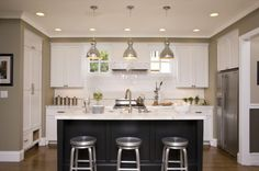like the contrast and the shimmery white tile backsplash