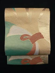 Gold and Green Divided Woven, Tied Noshi Pattern Fukuro Obi / 金と緑織り分け地 結び熨斗柄 全通袋帯   【リサイクル着物・アンティーク着物・帯の専門店 あい山本屋】