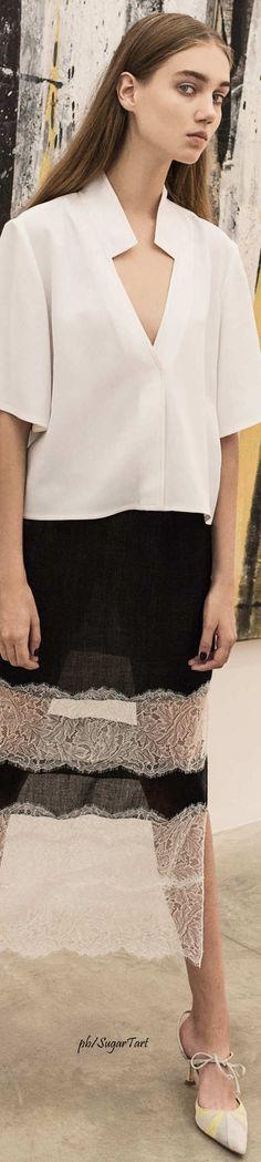 Wes Gordon - Spring 2017 Wes Gordon, Lace Skirt, Spring, Skirts, Fashion, Moda, Fashion Styles, Skirt