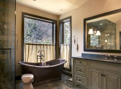 Traditional Home Rustic Lake House Bathroom Colors Design, Pictures, Remodel, Decor and Ideas - page 4 Lake House Bathroom, Master Bathroom, Master Baths, Downstairs Bathroom, Bathroom Curtains, Traditional Interior, Traditional Bathroom, Grey Bathrooms, Beautiful Bathrooms