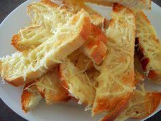 Slow Cooker Parmesan Bread | Magic Skillet http://newestrecipes.com ☻  ✿. ✿  ✿
