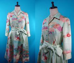 Shirt collar kimono dress - used kimono of vintage - flower patterned embroidery - size 8 by PriscillaTokyo on Etsy