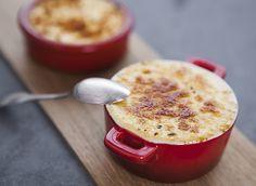 Crème brûlée au fromage de brebis et confiture de coing Creme, Pudding, Desserts, Food, Basque, Fishing Line, Stone, Products, Recipes