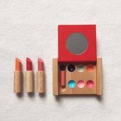 Hours of fun in a nice wooden box. Imitate mom, get ready for a big night or have friends over, make mom or dad sit down, and start a beauty salon. Wooden lipsticks, eye shadows, a compact, face cream, a blow dryer, comb and hair brush and a bottle of perfume. No batteries, no mess, just imagination. I'll always remember mine!Handmade in Thailand