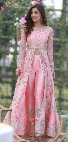 Luxurious Pink Cigarette Pant Suit With Resham WorkYou can find Designer dresses indian and more on our website.Luxurious Pink Cigarette Pant Suit With Resham Work Indian Fashion Dresses, Indian Gowns Dresses, Dress Indian Style, Indian Fashion Trends, Fashion Edgy, Pakistani Dresses, Fashion Fashion, New Designer Dresses, Indian Designer Outfits